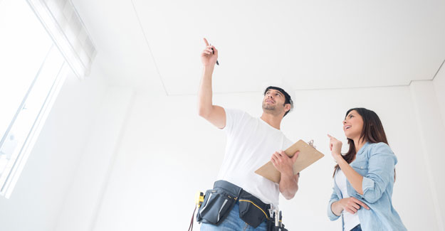 Insured handyman giving a quote